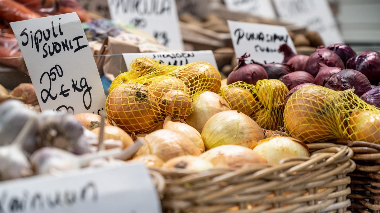 sipuleita ja vihanneksia